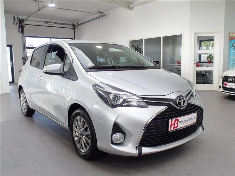audi-privatleasing-Toyota-Yaris-1,0-VVT-i-T2-Premium-5d-Sølvmetal