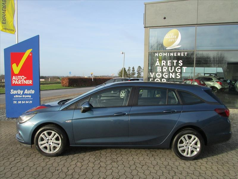 privatleasing-Opel-Astra-1.6-CDTI-Sports-Tourer-110-Blå