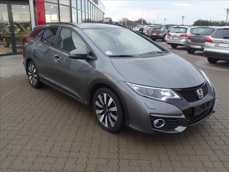 Honda-Civic-Elegance-Tourer-5d-Grå