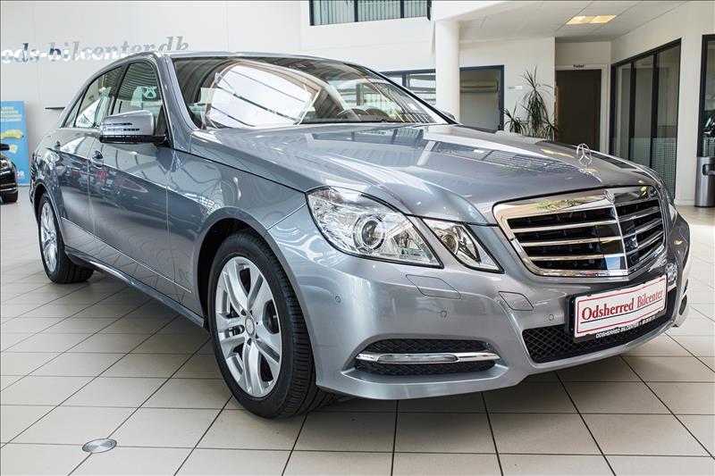 Mercedes-Benz-E350-CDi-4Matic-Sølvmetal