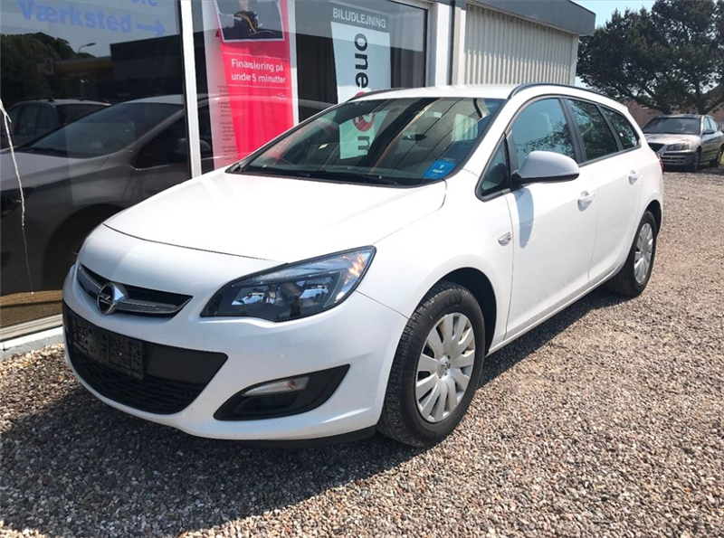 privatleasing-Opel-Astra-1.6-CDTI-Sports-Tourer-ecoFLEX-110-Hvid