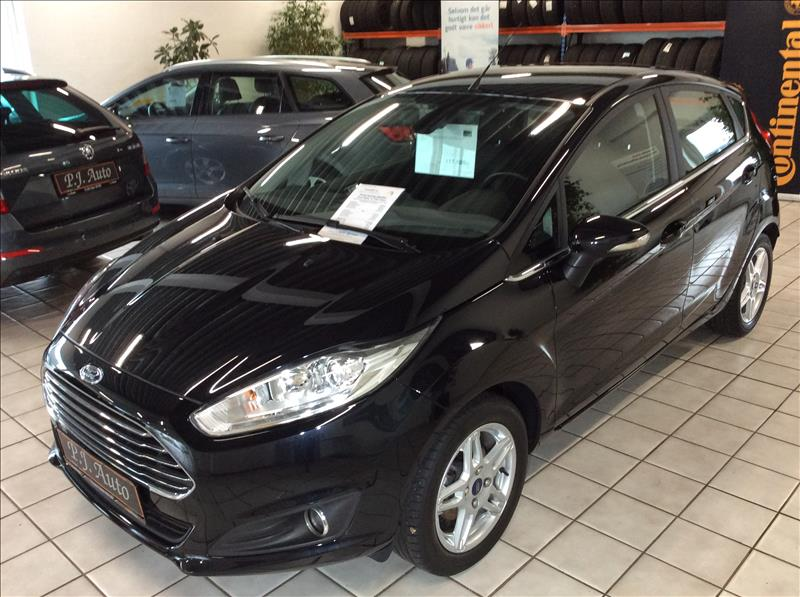 privatleasing-Ford-Fiesta-1.5-TDCi-Titanium-5d-75-Sort